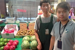 taiwan_students_grocery
